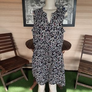 NWT Gap Weekend Floral Dress Size large